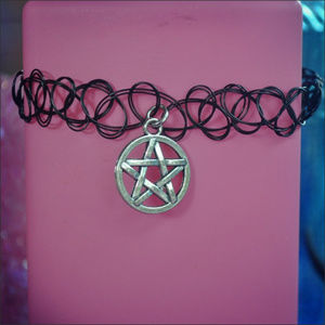 Jewelry - Black & Silver Pentagram Choker Necklace